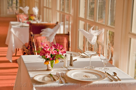 Shoal Creek ~ Window Dining